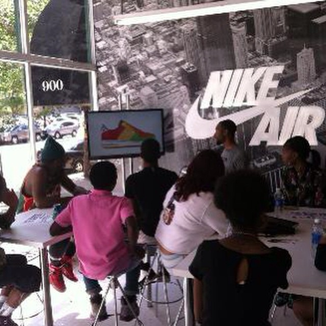 @lougee83 sharing the #wealth... #knowledge loses #power when it is not shared... #Nike #thoughtleadership