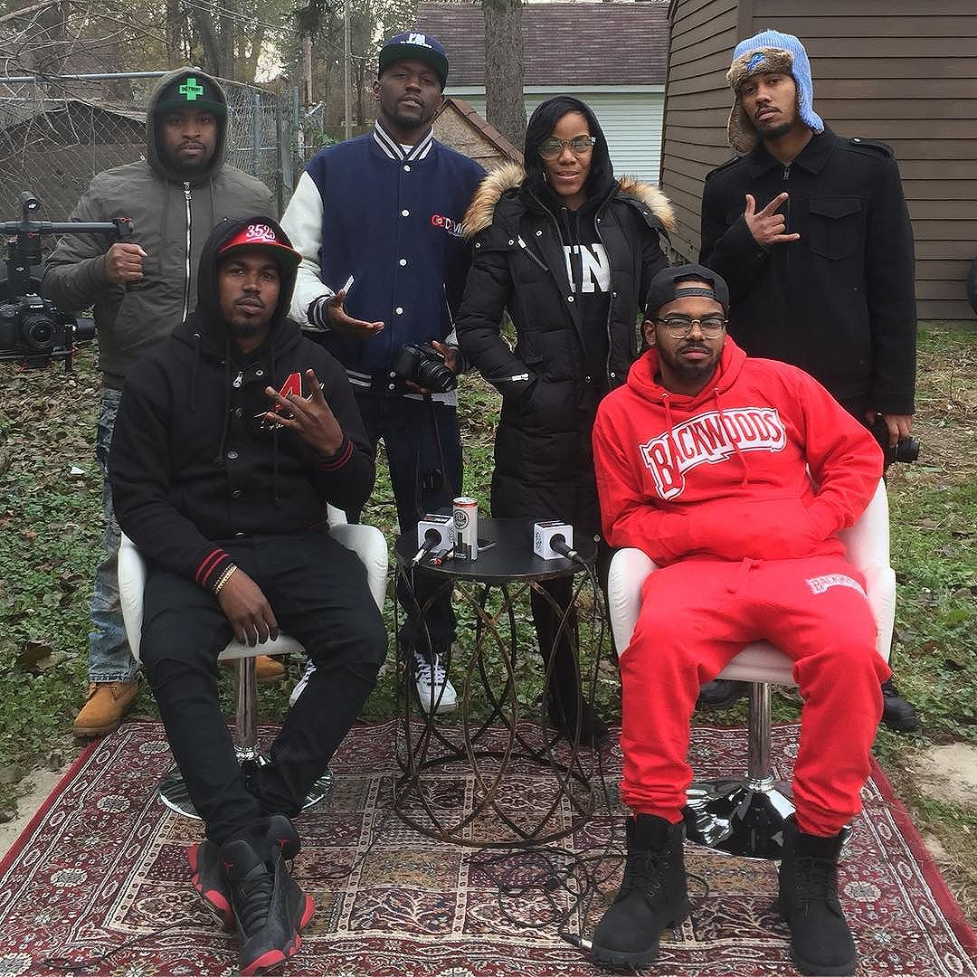 @djbj3525 and his crew pulled up in the hood and interviewed me for his #ItsSoColdInTheD series #THHL #3525