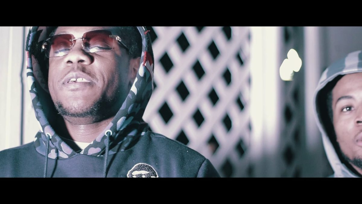 Moneycircle-Lil-Roger-Ft-Blow-The-Story