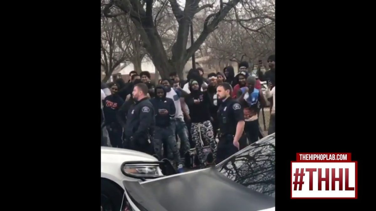 Snap-Dogg-Breaks-Awa-From-Detroit-Police-When-They-Try-Shut-Down-His-VideoShoot
